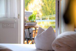 Doppelzimmer mit Balkon_002